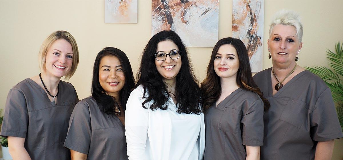 Team in der Zahnarztpraxis im Bezirk Gänserndorf